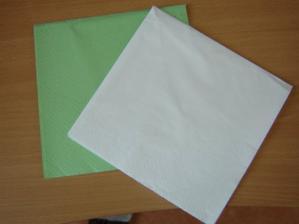 ubrousky - kombinace zelená-bílá