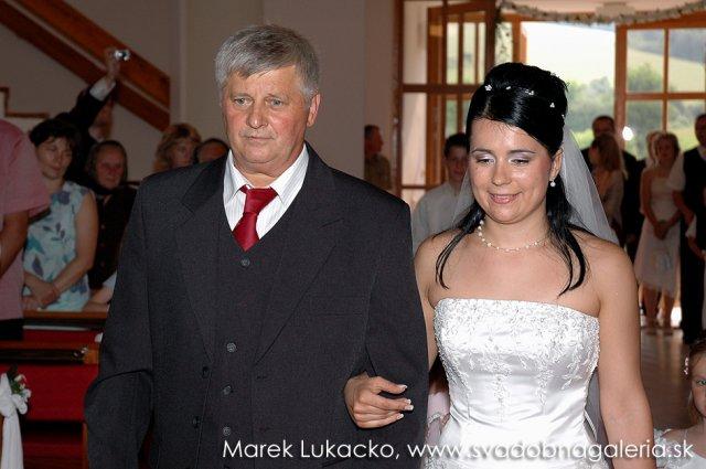 Anna Hriňová{{_AND_}}Dušan Horník - Otec vedie dcéru k oltáru