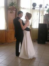 První novomanželský tanec..