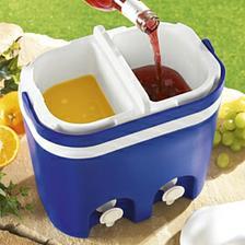 napoj zostane chladny a priehradka umoznuje az dve rozne limonadove chute.to budu mat deti zabavu.koniec  porozlievanej limonady z flase.