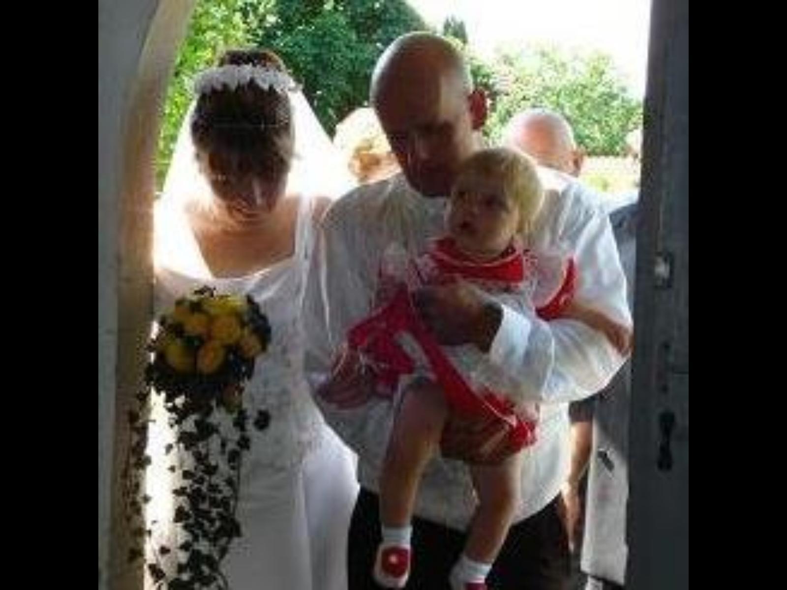 Dnes máme výročie :) naše 7 nám priniesli krásne manželstvo . - Obrázok č. 1