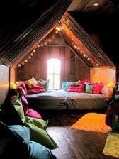Jedna šikmá strecha a krásna kutik je na svete :)