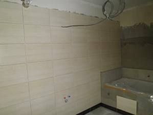 Začínáme obkládat koupelnu ... obklady Madera Wenge