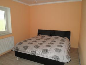 Nová postel v ložnici