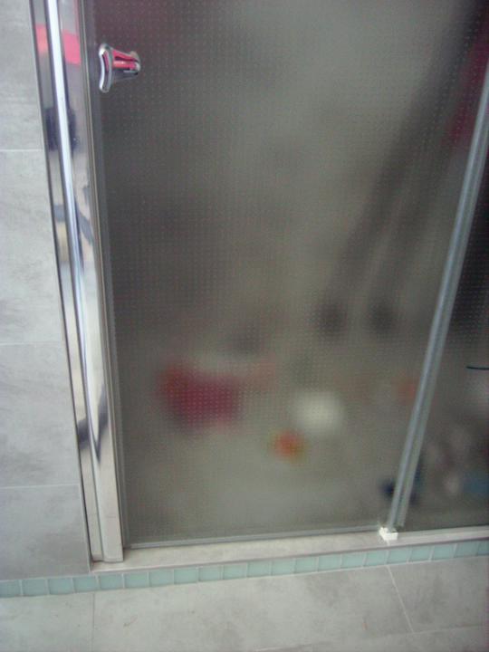 Domček - Lyže v sprcháči