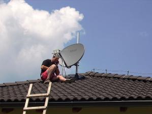 montujeme satelit