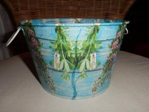 plechovy obal na kvetináč bylinkový