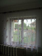 Záclona v obýváku