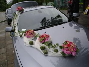 takto nejako auto :-)