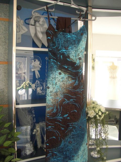 Alenka2004 - moje popolnocne saty :o) su zo salonu Bliss, TT