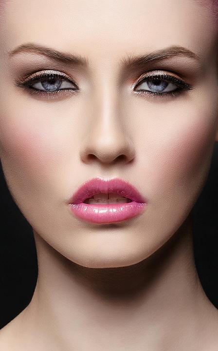 Saty, make-up a tak.... :-) - Obrázok č. 28