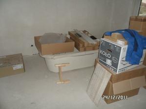 vaňa a nábytok do kúpeľne sú už doma