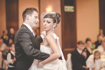 Prvý tanec na valčík z Anny Kareninovej :)