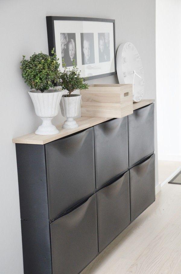Ikea v akci - trones http://www.ikea.com/cz/cs/catalog/products/10031987/#/30110832