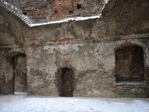 A ještě jednou komnata paláce.