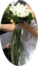 Kytice pro nevěstu - takouvou budu mít jen s 13-ti rudýmí růžemi.