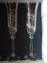skleničky na přípitek.. necháme si je ovšem až do hospůdky :-)