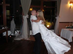 Při tanci jsem se s některými přimo vznášela... :)