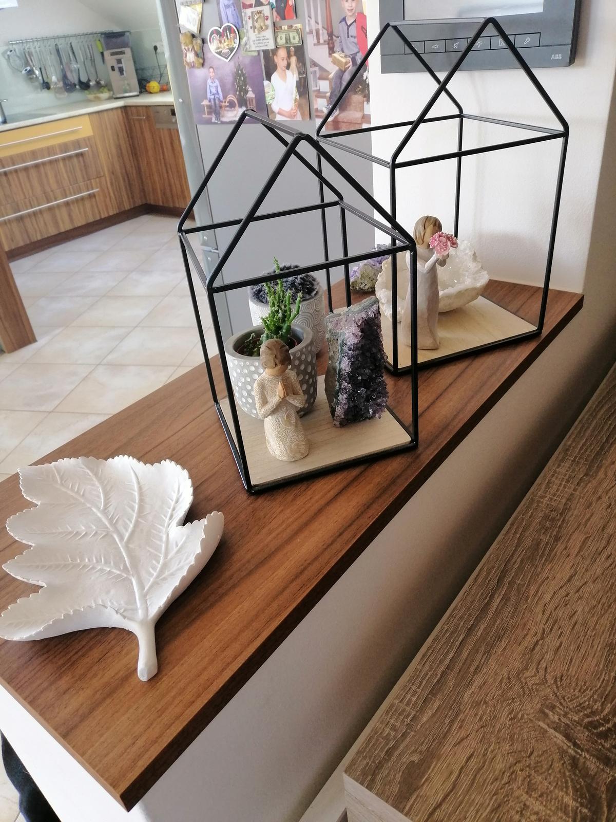 Naše podkroví + zahrada - Obrázek č. 48