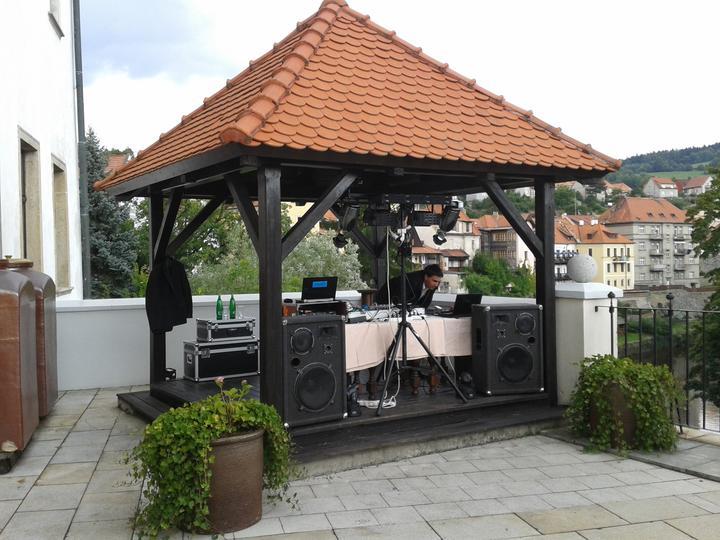 svatebnidj - Svatba Český Krumlov - Hotel Růže - moc krásné prostory s výhledem na Vltavu