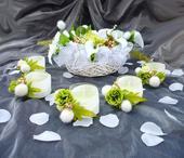 Svatební dekorace (věnec/květina),