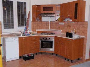 Naša nová kuchyňa, ale ešte nie komplet...