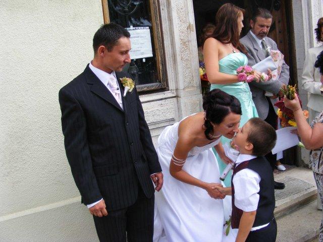 Gabika{{_AND_}}Vlado - prva gratulácia...od syna