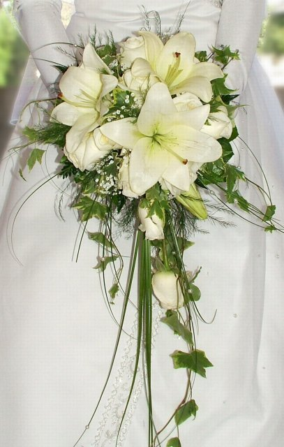 ...02.05.2009... - ...svadobná kytička...