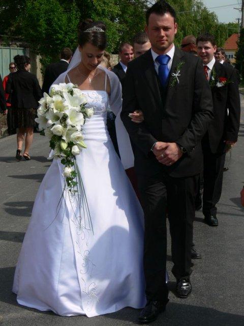 Aminka{{_AND_}}Juraj - Do kostola sme išli pešo, sprevádzal ma môj starší braček