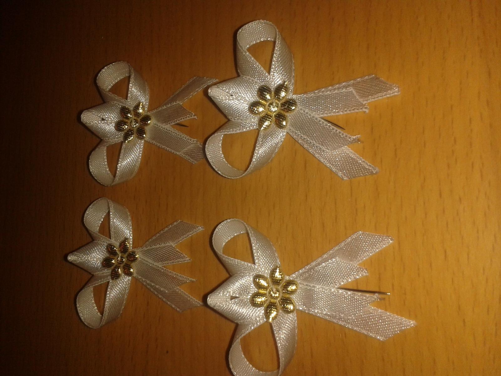 svadobne pierka -biele so zlatou ozdobou - Obrázok č. 1
