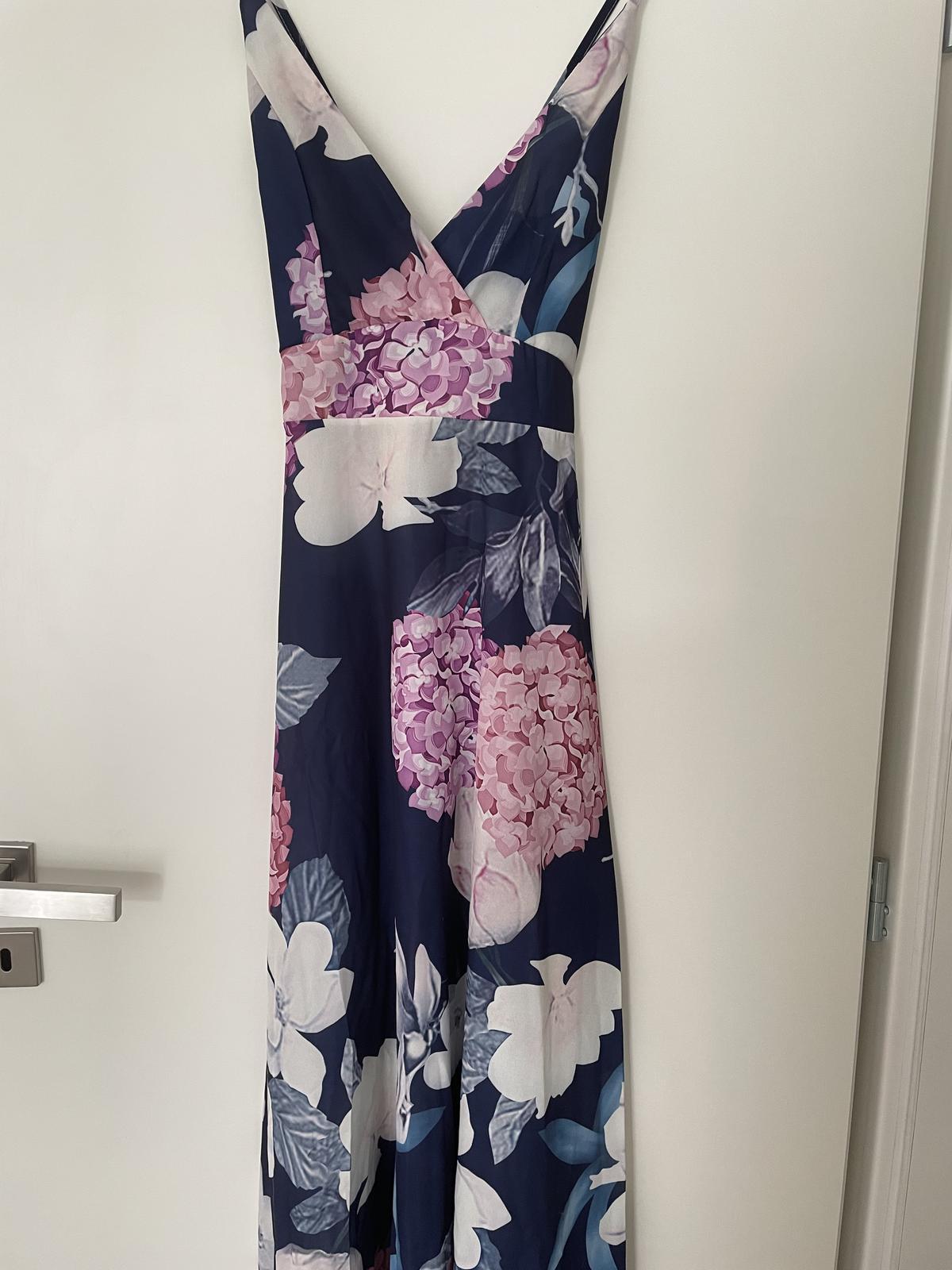 Společenské letní šaty - Obrázek č. 1