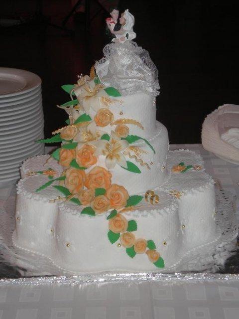 Erika{{_AND_}}Roman - naša svadobná torta