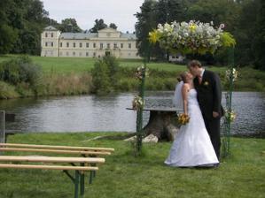 Když ne svatba na Ostrůvku, tak aspoň fotečky. (Ale i ty jsou protekční) :-)