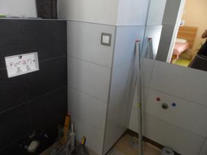 kúpeľňa ešte nedokončená, dúfam že jedného dňa sa dočkám a osprchujem sa v nej
