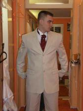 taky moc pěkný oblek