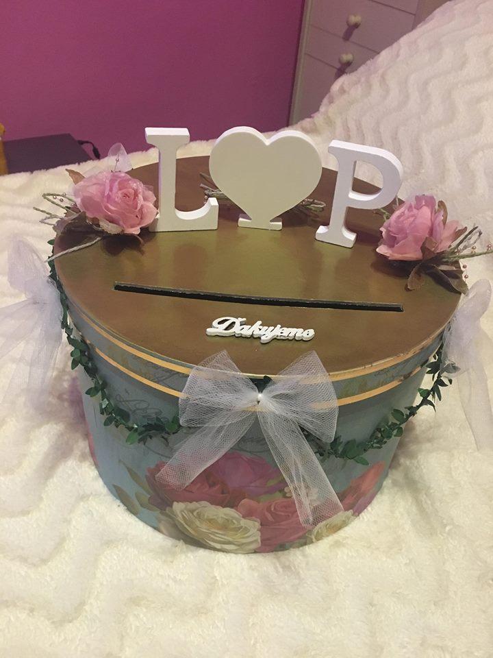Bride to be :) - Krabica na žreby + obálky + peniažky (tak dúfajme, že sa naplní :D