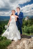 svatební šaty, 35