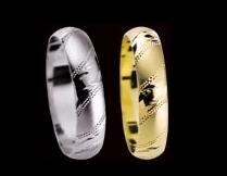 a prstýnky už také máme objednané - ty z bílého zlata :)