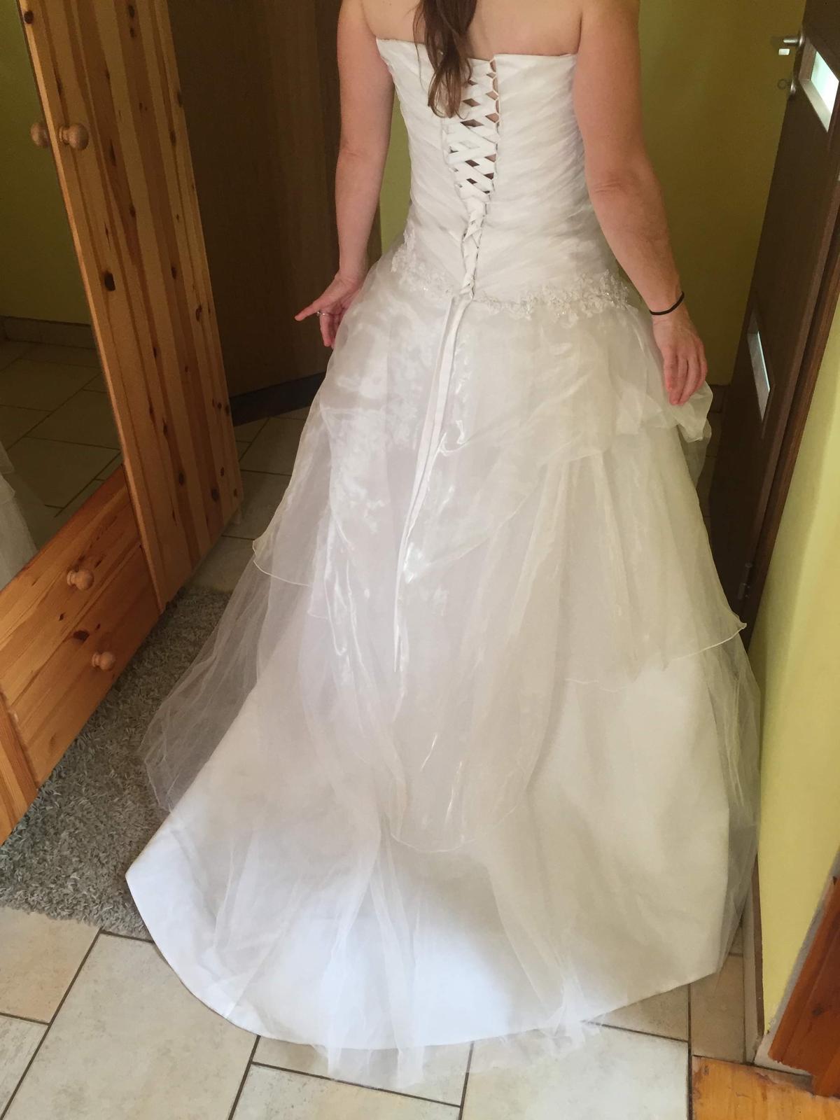 Svatební šaty vel.36 - Obrázek č. 2