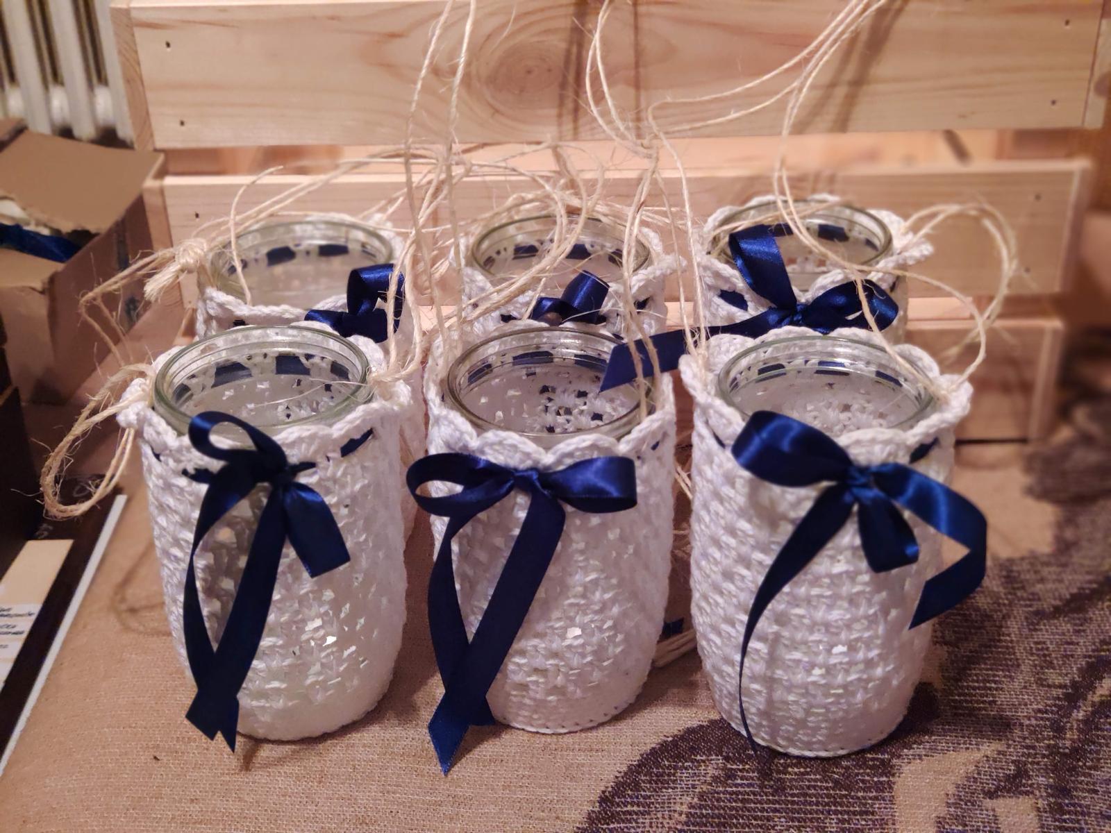 Vázy, obháčkované bílé (7 ks + další) - Obrázek č. 2