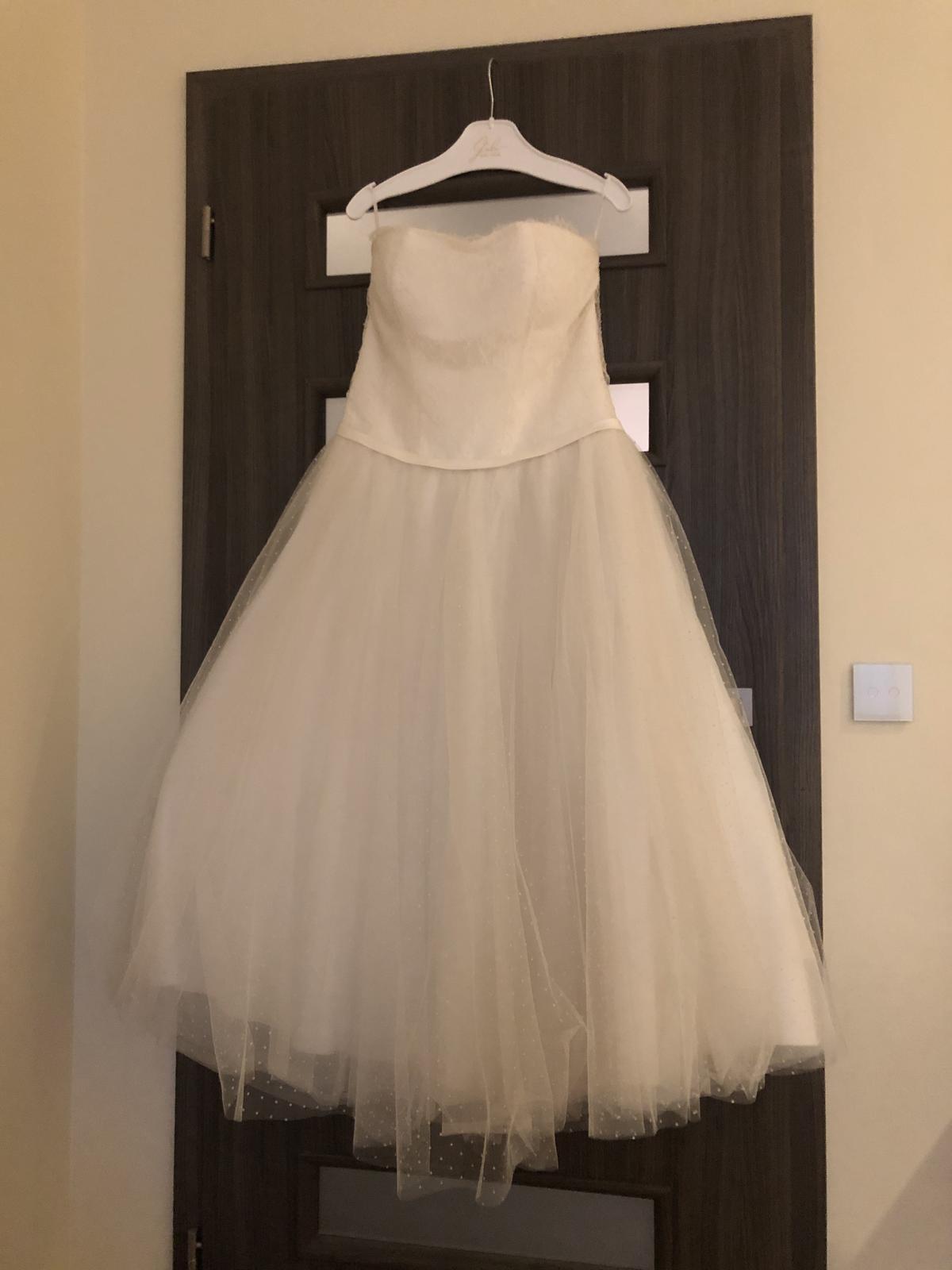 Svadobné šaty ivory s bodkami, po clenky, 36-40 - Obrázok č. 1