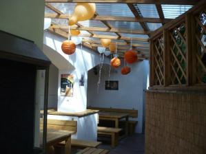 Amatérské foto - balónky a lampiony