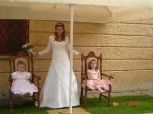 Princezničky na trůně :)