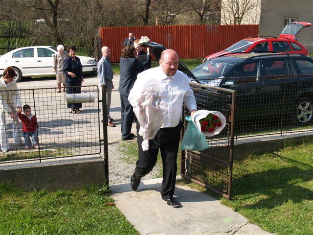 Markéta{{_AND_}}Michal - Ženich právě dorazil:-)