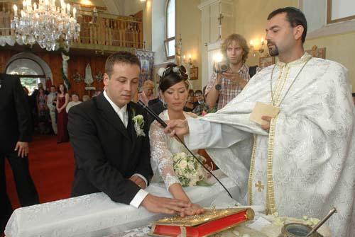 Zuzana Keruľ - Kmecová{{_AND_}}Ľuboš Vejačka - Naše ÁNO
