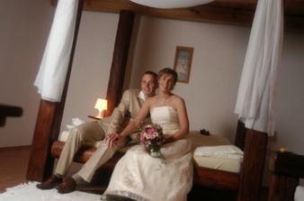 novomanželské lože...