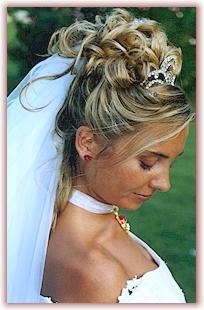 Najkrajšie účesy pre blondínky :) - Obrázok č. 10