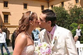 Novomanželská pusinka :-)))