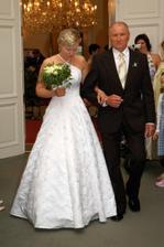 Nevěsta.....s tatínkem