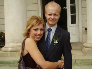 já a můj budoucí manžílek na svatbě jeho sestry